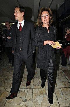 Вице-премьер правительства Александр Жуков с супругой Екатериной на церемонии вручения национальной премии в области кинематографии «Золотой орел»