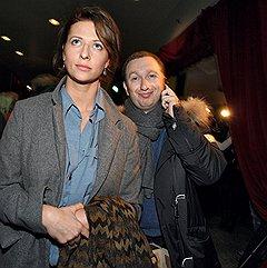 Генеральный управляющий компании «Арпиком» Михаил Зельман (справа) на премьере фильма Тима Бертона «Алиса в Стране чудес»