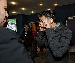 Первый заместитель председателя правления ОАО «ФСК ЕЭС» Александр Чистяков (справа) на премьере фильма «О чем говорят мужчины» Дмитрия Дьяченко