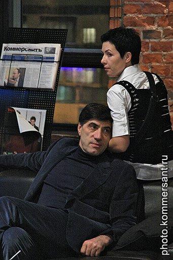 Экс-гендиректор ВВЦ Магомед Мусаев с супругой