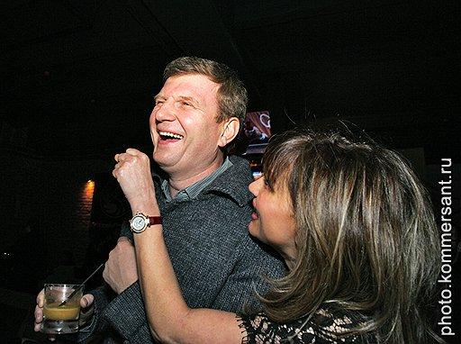 Депутат Госдумы Олег Савченко и дизайнер Эмма Салимова