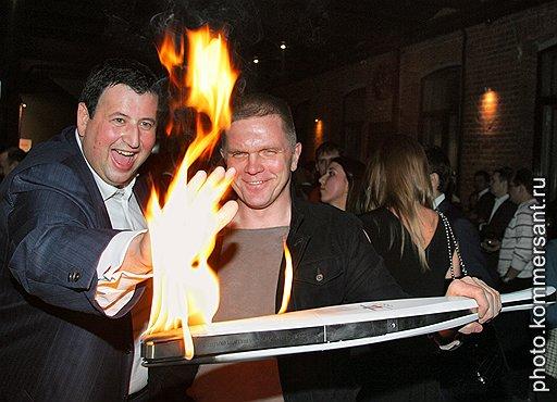 Управляющий директор Объединенной промышленной корпорации Ян Яновский и спецкорреспондент «Ъ» Андрей Колесников (слева направо)