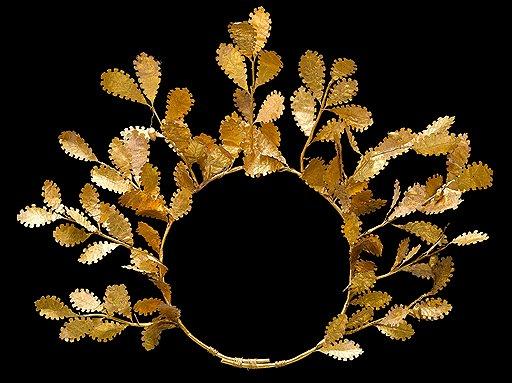 Венок. Дуб, золото. Эллинистический мир, IV–III века до н. э. Эстимейт £100–120 тыс.