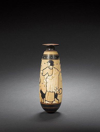 Белофонный алабастрон с надписью «красота». Аттика, 490–480 годы до н. э. Эстимейт £30–50 тыс.