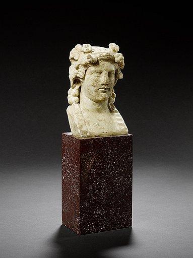Герма Диониса. Рим, II век н. э. Эстимейт £7–9 тыс.