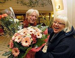 Актриса Светлана Крючкова на юбилейном вечере композитора Леонида Десятникова (слева) в отеле «Европа»
