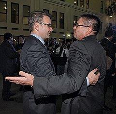 Глава Сбербанка России Герман Греф (слева) и первый заместитель председателя Центрального банка РФ Алексей Улюкаев на приеме «День банкира-2010»
