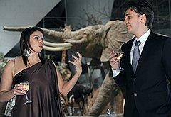 Генеральный директор телеканала «Дождь» Наталья Синдеева на праздновании дня рождения главного редактора телеканала  «Дождь» Михаила Зыгаря (справа)