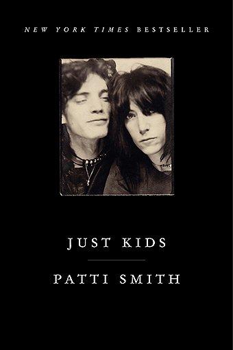 """Обложка американского издания книги Патти Смит """"Просто дети"""""""