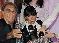 Члены жюри фестиваля Амос Гитаи и Джеральдина Чаплин