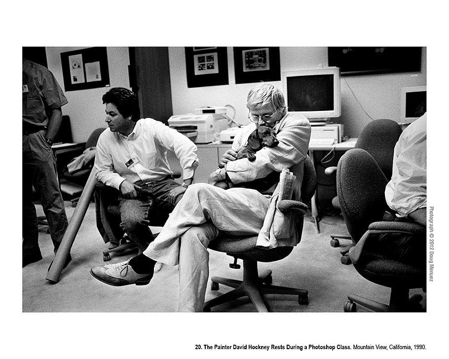Художник Дэвид Хокни отдыхает во время урока по фотошопу. Маунтин-Вью, Калифорния, 1990 год. По мере развития цифровых технологий, Силиконовая долина постепенно стала напоминать Париж 1920-х. Открытые для экспериментов художники и музыканты съезжались со всего света. В числе первых были Питер Гэбриел, Джордж Лукас, Фрэнсис Коппола и Дэвид Хокни.