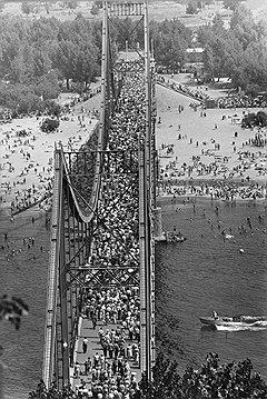 """""""Мост через Днепр"""", Киев, 1958 год"""