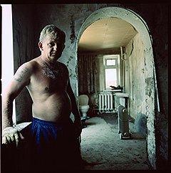 Андрей Евгеньевич. «В 2.20 я проснулся, воды уже много было, сквозь щели просачивалась, я через окно на чердак вылез…». Ул. Троицкая, 84