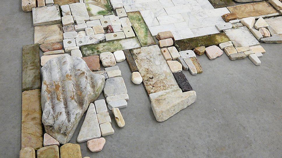 Кьяра Камони. «Без названия», 2011–2012 годы