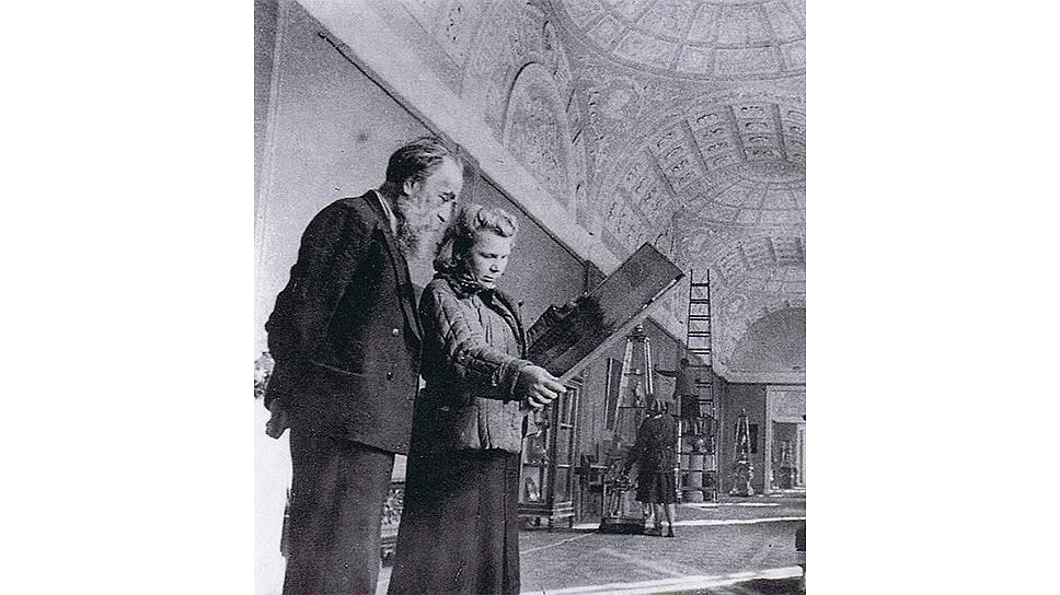 Иосиф Орбели в Эрмитаже