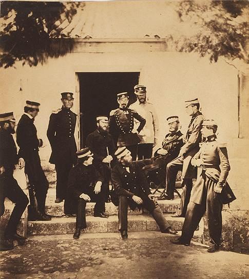 """""""Французские и английские офицеры в штаб-квартире"""", 1855год"""