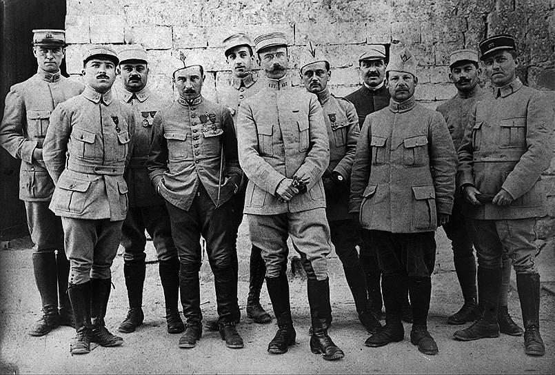 Французские офицеры первого батальона 137-го пехотного полка, 1916год