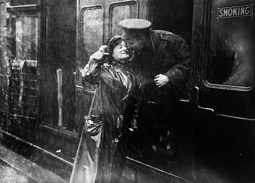 Прощание на вокзале Виктория, Лондон, 1914год