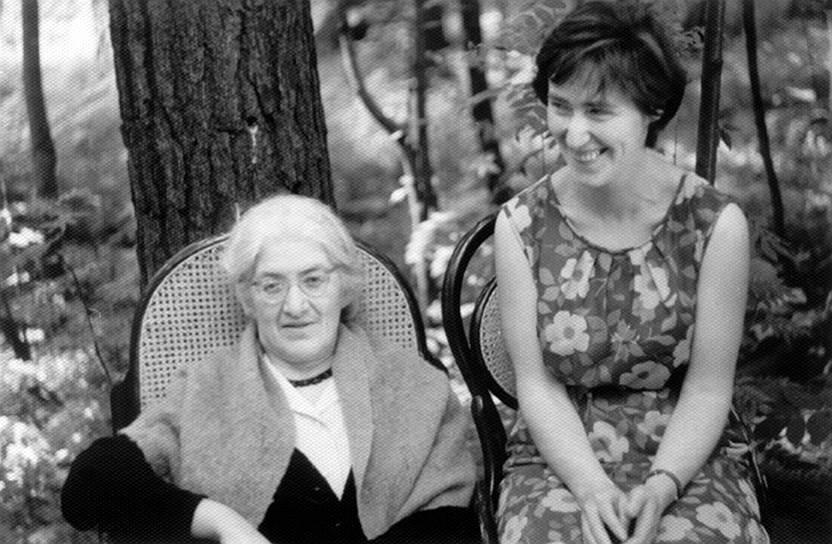 Елена Чуковская и Лидия Чуковская. Переделкино, 1968год