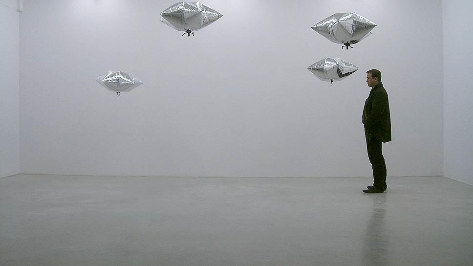«Tour en l'air», 2009 год