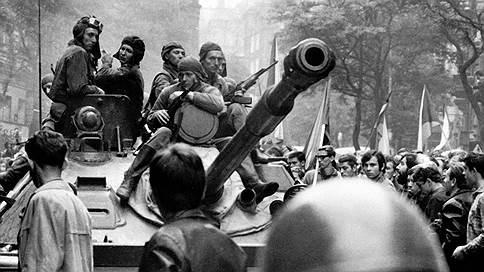 «Когда тебе 20, ты видишь парней на танковой броне и думаешь, что мог быть там»  / Александр Долинин о вводе советских войск в Чехословакию