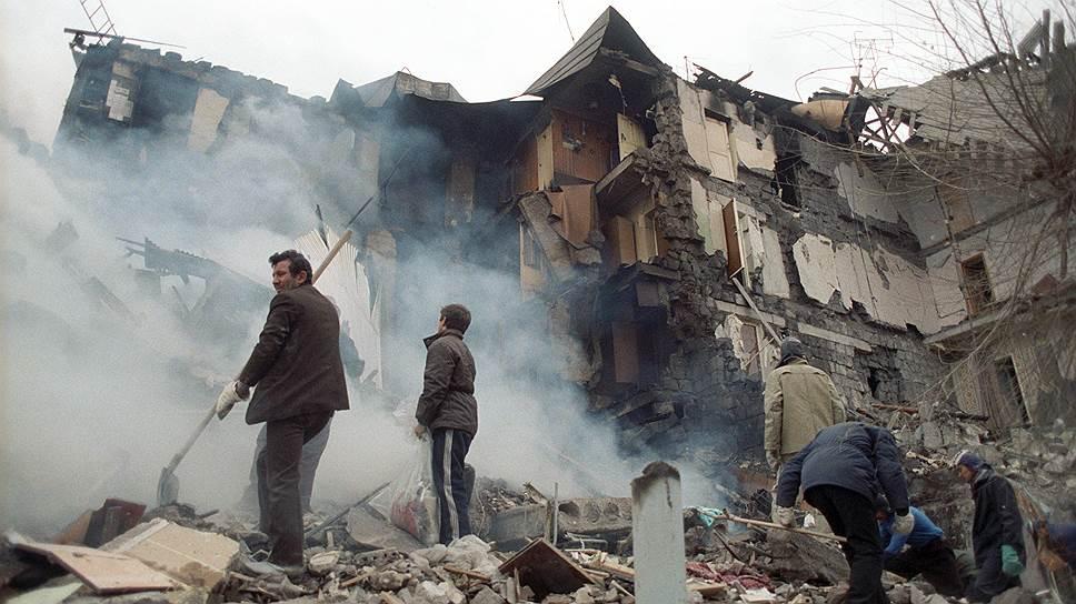 «Казалось, случилась беда, отменяющая все остальные беды» / Ольга Федянина о Спитакском землетрясении