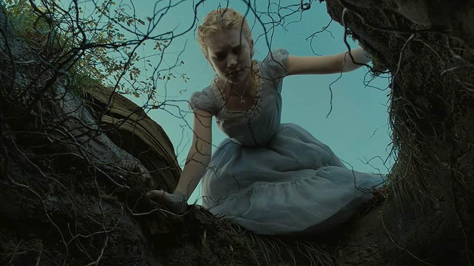 «Алиса в Стране чудес». Режиссер Тим Бёртон, 2010 год