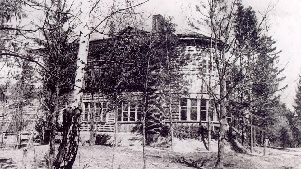 Помещение НКВД, в подвале которого производился расстрел польских военнопленных, Катынь