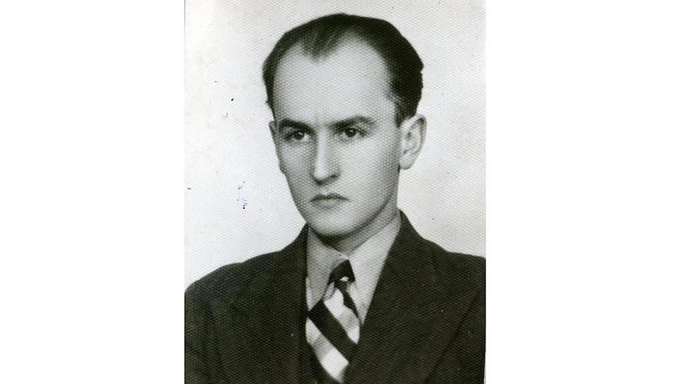 <B>Добеслав Якубович, </B>родился 26 июля 1911 г., школьный учитель, мобилизован как лейтенант запаса.