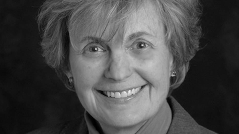"""Марта Уэлч (р. 1944), американский врач, автор книг """"Материнские объятия как способ избавления от аутизма"""" (1983), """"Время объятий: как устранить конфликты, истерики, соперничество между детьми и вырастить счастливых, любящих и успешных детей"""" (1988)."""