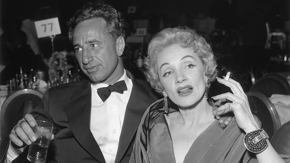 Элиа Казан и Марлен Дитрих на премьере фильма Джорджа Кьюкора «Звезда родилась», 1954 год