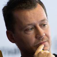 Роман Волобуев