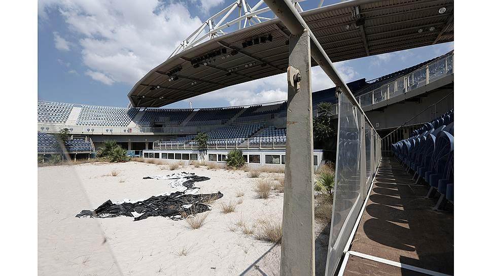 Заброшенная олимпийская площадка для пляжного волейбола, Афины