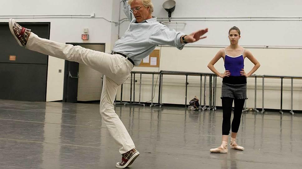 Питер Мартинс на репетиции с танцовщиками New York City Ballet, 2010