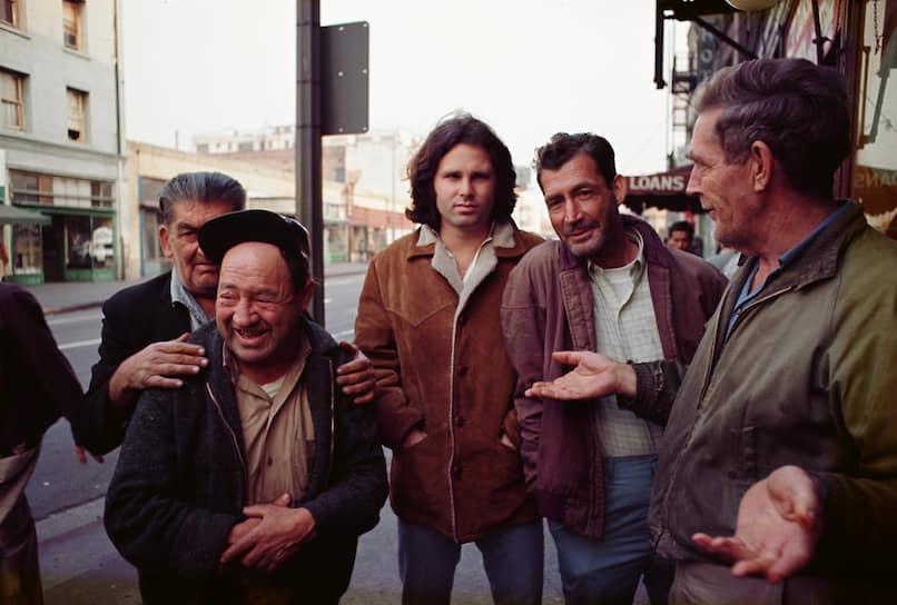 Джим Моррисон. Даунтаун, Лос-Анджелес, 1969
