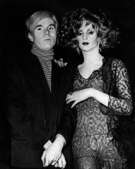 Энди Уорхол и Кэнди Дарлинг на премьере «Полуночного ковбоя», 1969