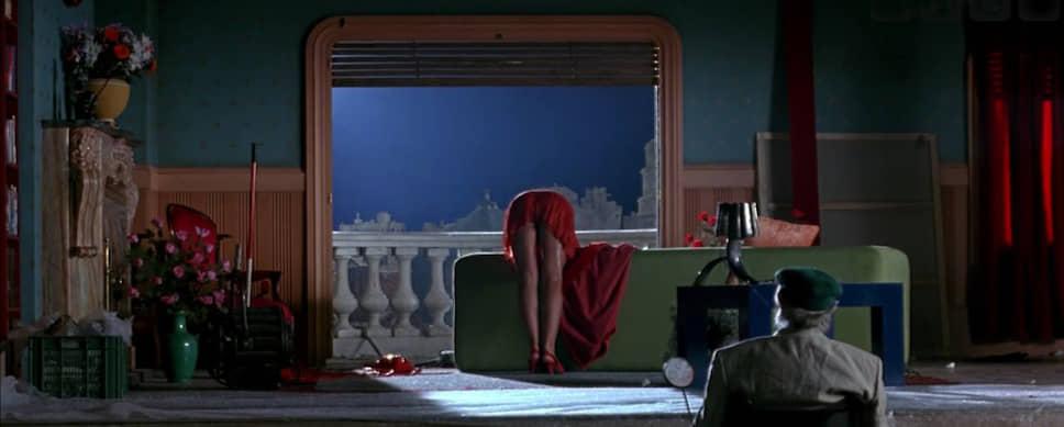 «Свяжи меня», 1989