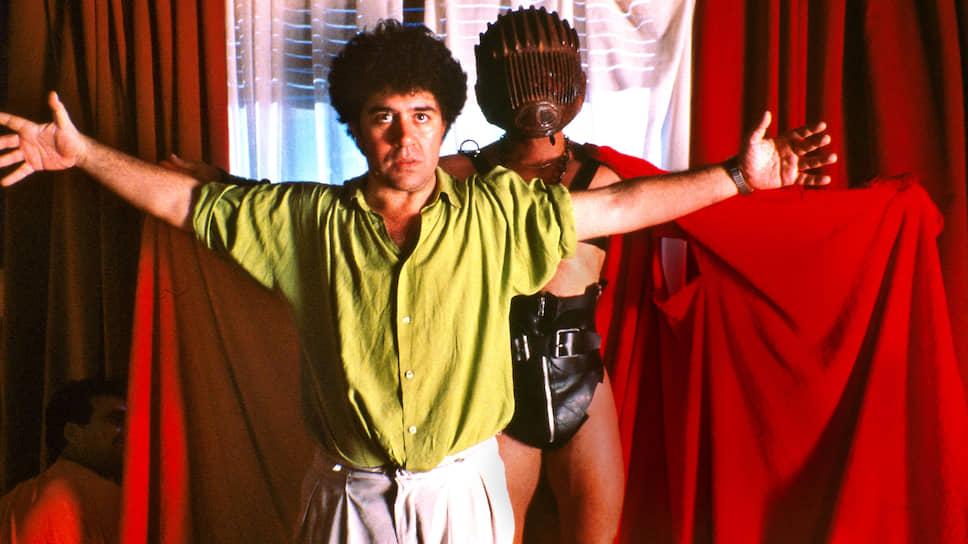 На съемках «Свяжи меня», 1989