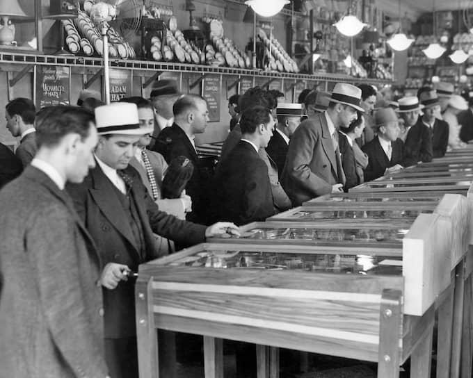 Игровой зал в Нью-Йорке, 1930-е