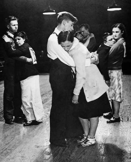 Танцевальный марафон в Бронксе, Нью Йорк, 1935