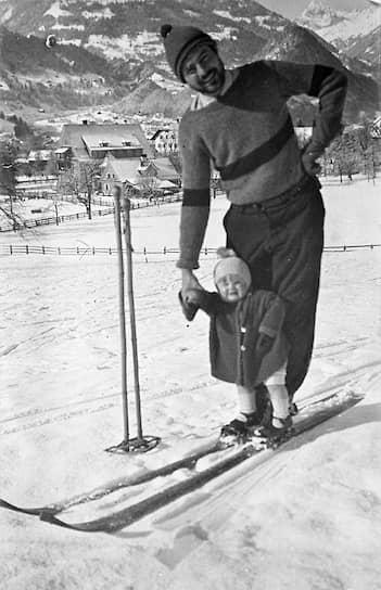 Эрнест Хемингуэй с сыном Джеком (3 года), 1926