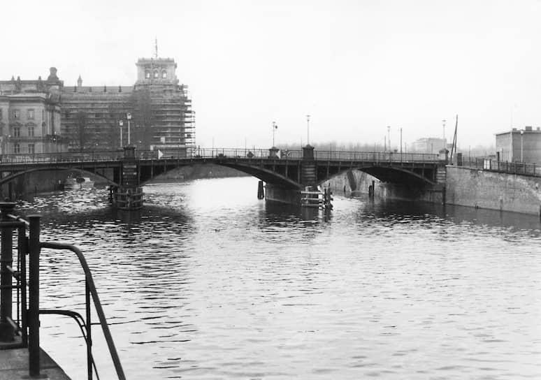 Мост Маршалла, место обнаружения тела Инго Крюгера, оперативная съемка МГБ ГДР, 11декабря 1961