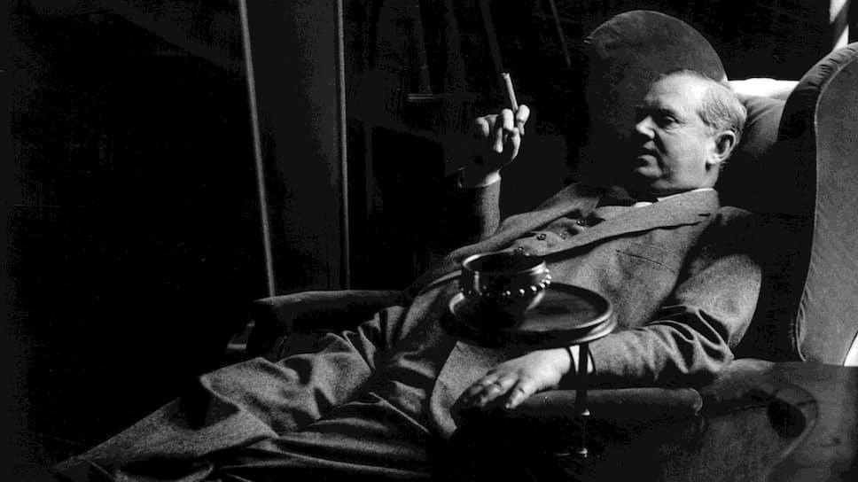 Пушкин, Маяковский, Ивлин Во и другиео жизни в (само)изоляции