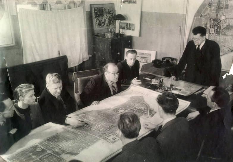 Совещание архитекторов по вопросам застройки Кирова, 1950-е