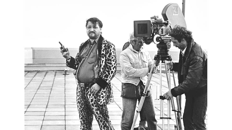 """Райнер Вернер Фассбиндер на съемках """"Камикадзе-1989"""", 1982"""