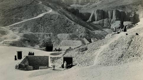 Как Тутанхамон вышел из гробницы, свел человечество с ума, начал Вторую мировую, объездил весь мир и вернулся домой  / Настоящие приключения египетского фараона в загробном мире