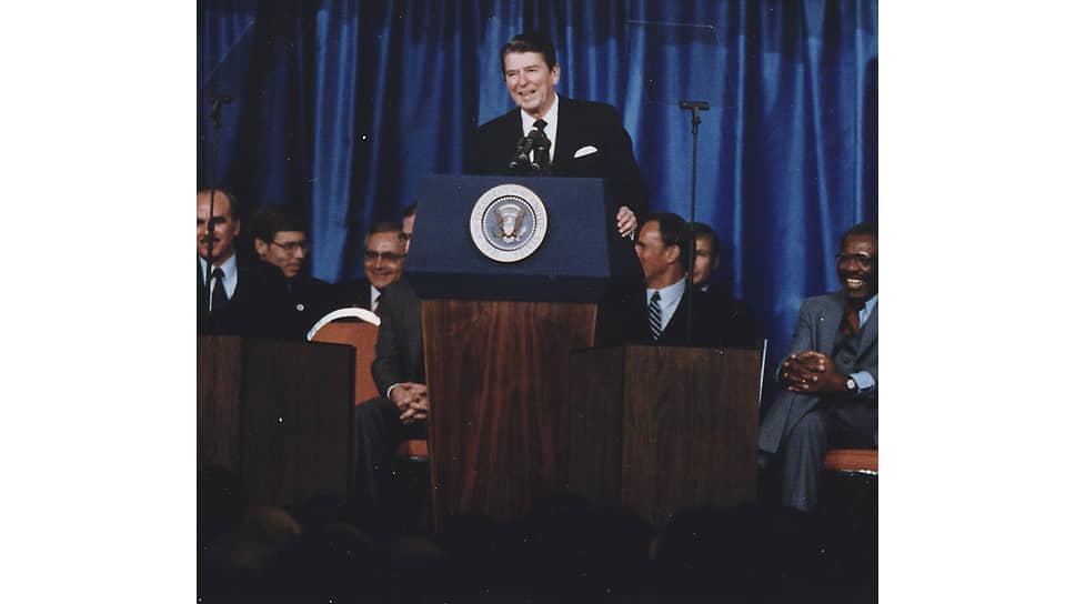 Рональд Рейган произносит речь об «империи зла», 8 марта 1983