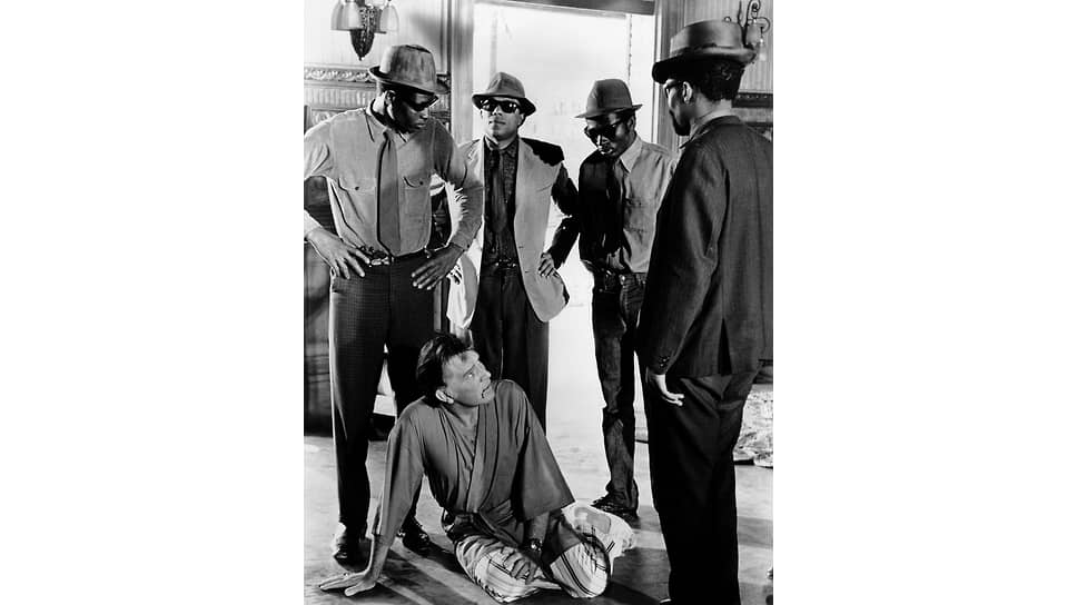«Комедианты». Режиссер Питер Гленвилл, 1967