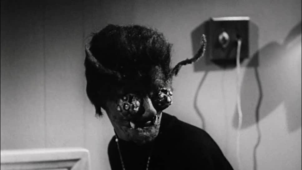 «Женщина-оса». Режиссер Роджер Корман, 1959