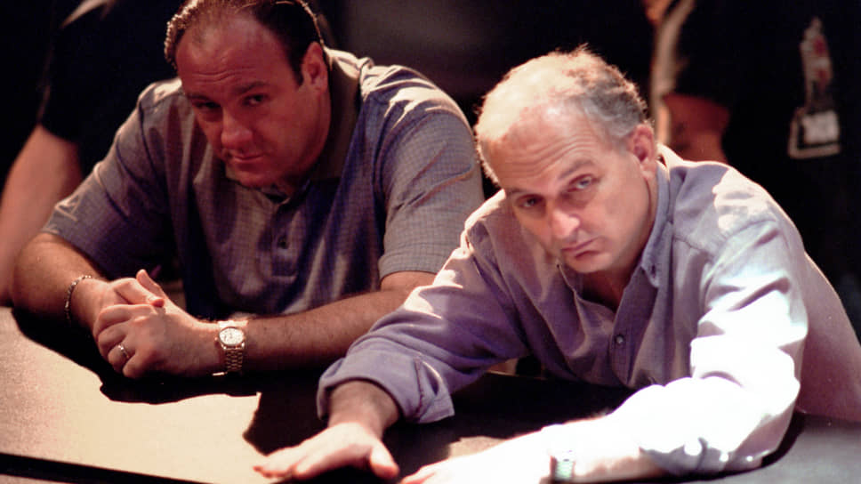 Джеймс Гандольфини и Дэвид Чейз на съемках «Клана Сопрано»